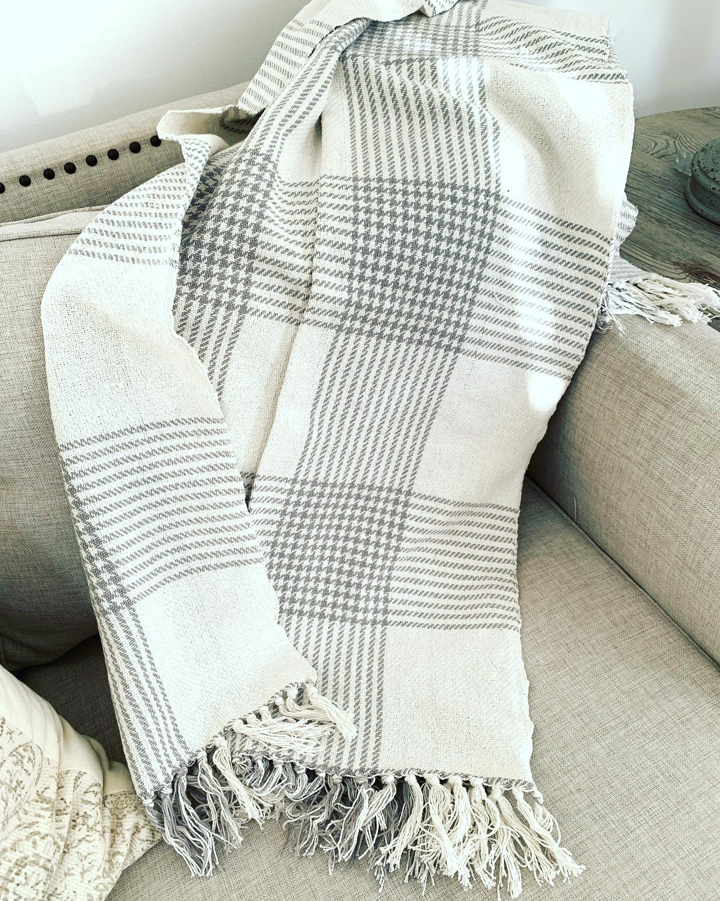 Houndstooth Cotton Throw - Gray