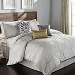 7 piece Queen Complete Bed Set - Callie